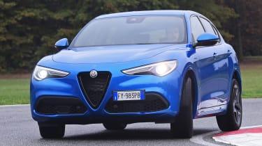 Alfa Romeo Stelvio - front cornering