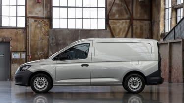 2020 Volkswagen Caddy Maxi - side