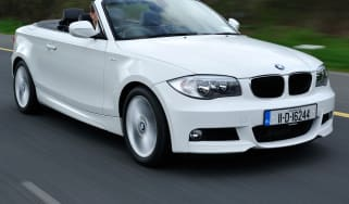 BMW 118d Convertible front tracking