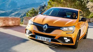Renault Megane R.S. - full front tracking