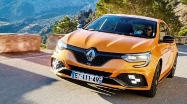 Renault Megane R.S. - full front tracking