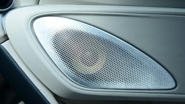 McLaren GT - speaker
