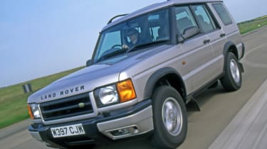 Land Rover Discovery 2 front