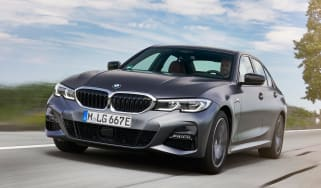BMW 330e - front