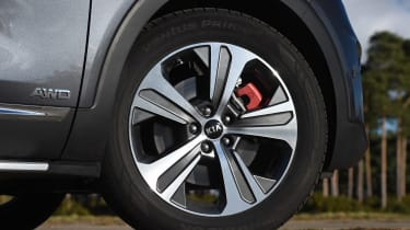 Kia Sorento - wheel