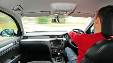 Skoda Superb - interior driving