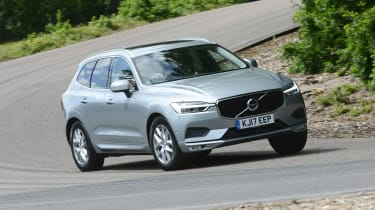 Volvo XC60 - front/side