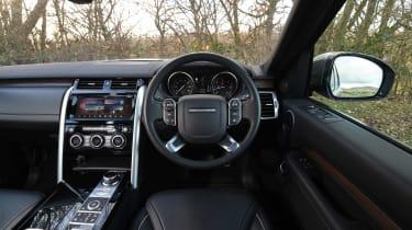 Land Rover Discovery Mk5 - dash
