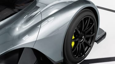 Aston Martin RB 001 official - wheel