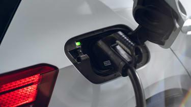 Volkswagen ID.3 Tour Pro S - charging