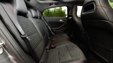 Mercedes GLA 2016 - rear seats