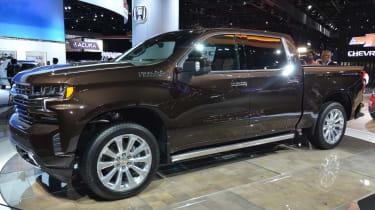 Chevrolet Silverado - Detroit front