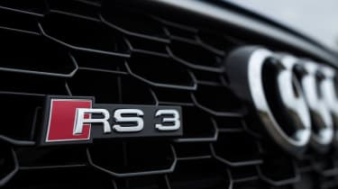 Audi RS 3 - front badge