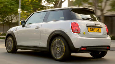 MINI Electric - rear 3/4 tracking