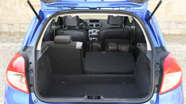Renault Clio old vs new - Mk3 boot space