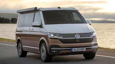 Volkswagen California T6.1 - front tracking
