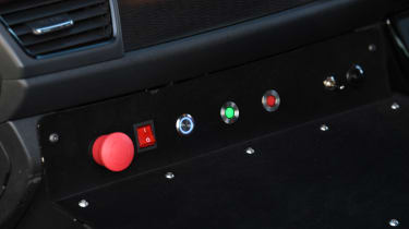 Nissan Re-Leaf - controls