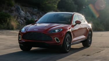 Aston Martin DBX - front track
