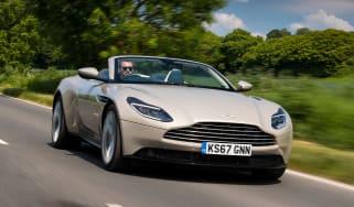 Aston Martin DB11 Volante - front