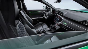 Audi RS Q3 Sportback - front seats