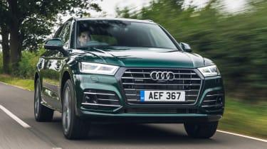 Audi Q5 55 TFSI e - front tracking
