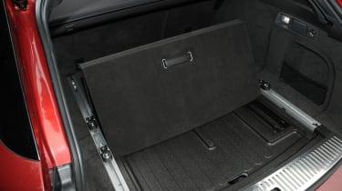 Jaguar XF Sportbrake 2.2 boot floor