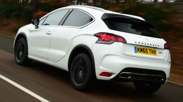 DS 4 Crossback group test - rear tracking
