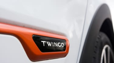 Triple test – Renault Twingo - badge