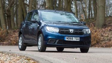 Dacia Sandero facelift - front cornering