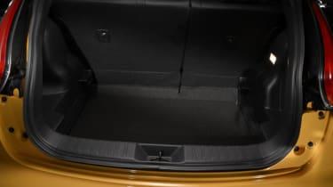 Nissan Juke 2014 boot