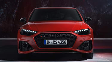 Audi RS 4 Avant - studio full front
