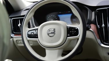 Volvo V60 - steering wheel
