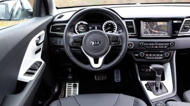 Kia Niro 2016 review - interior