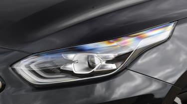 Kia Ceed headlight