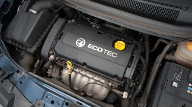 Used Vauxhall Zafira - engine
