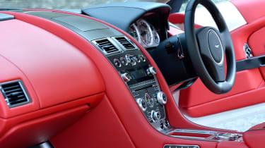New Aston Martin DB9 dash