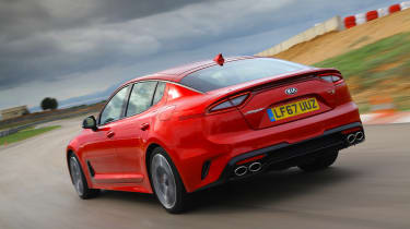 Kia Stinger - rear action