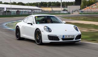 Porsche 911 - front tracking