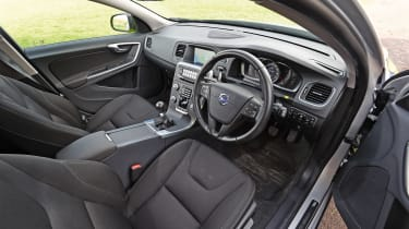 Volvo V60s police car - interior