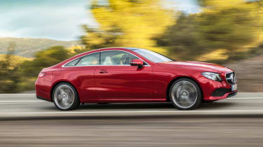 Mercedes E-Class Coupe - side tracking