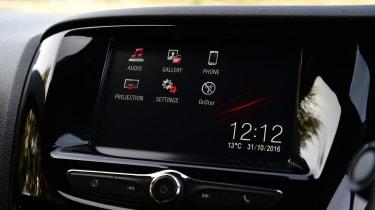 Vauxhall Viva - infotainment