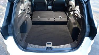 Ford Kuga - boot seats down