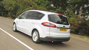 Ford S-MAX TDCi rear