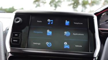 Peugeot 2008 - infotainment menu