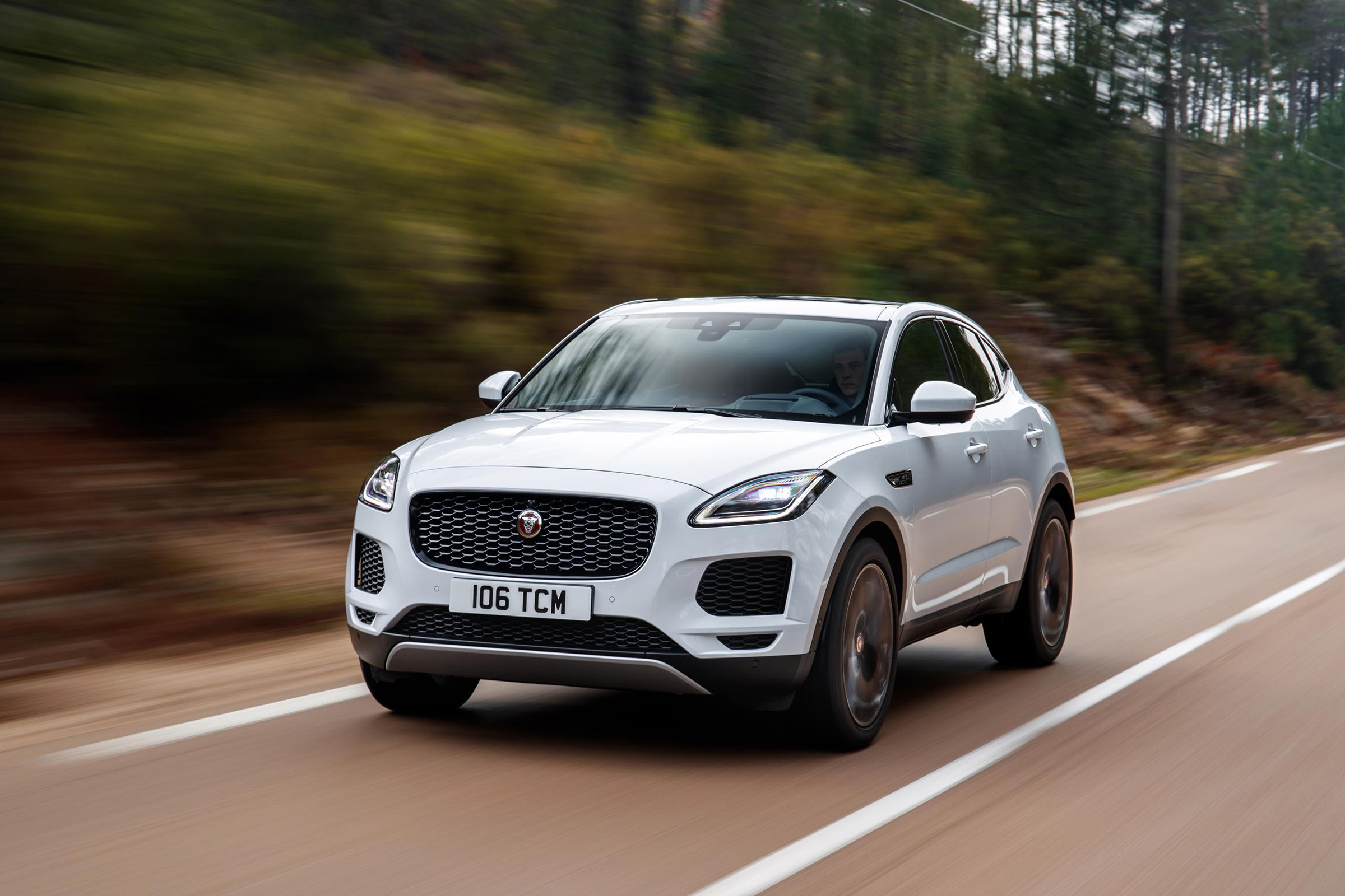 Jaguar E-Pace range boosted by new AI tech and engine ...