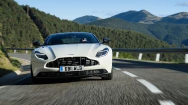 Aston Martin DB11 V8 - full front