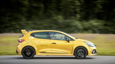 Renault Clio RenaultSport R.S.16 2016 - side tracking 2