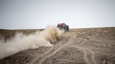 Dakar Rally - rear panning