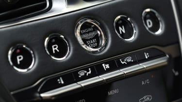 Aston Martin DBS Superleggera - buttons