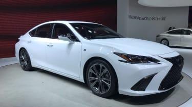 Lexus ES - Beijing show front